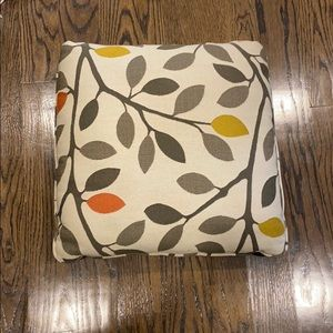 Set of 6 Pillows